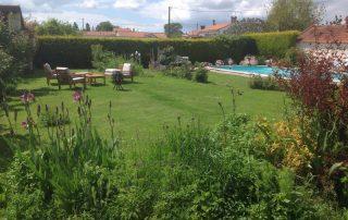 garden area Rose Barn
