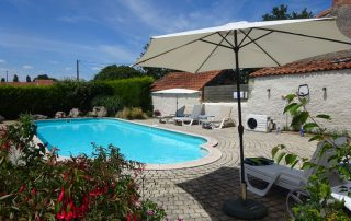 holiday cottage with swimming pool