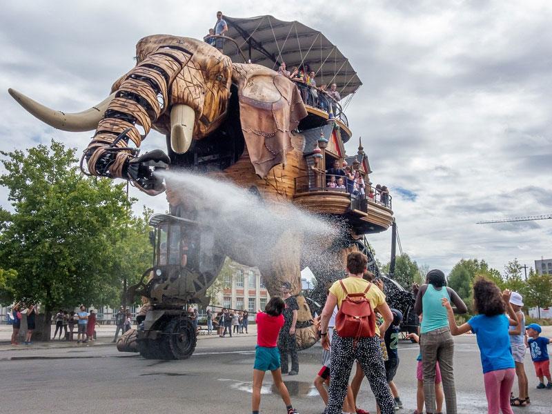 Machine des Iles Nantes