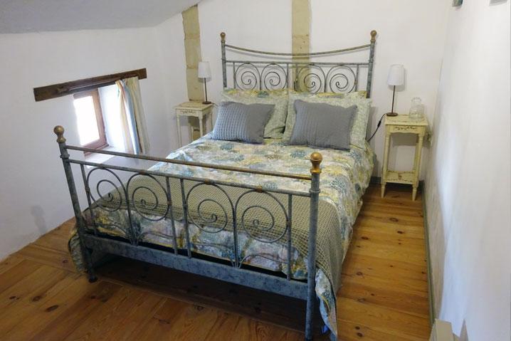 double room green bedroom